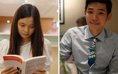 Hai sinh viên Việt Nam Nguyễn Hồng Nhung (trái) và Đỗ Hoàng Việt vinh dự có tên trong Presidents' list của trường Berkeley College