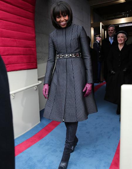 Bà Michelle bước ra từ trụ sở quốc hội Mỹ trước lễ nhậm chức của chồng.