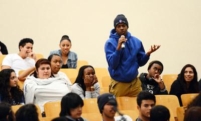 Nhiều người Mỹ 'trẻ không học, lớn hối tiếc'