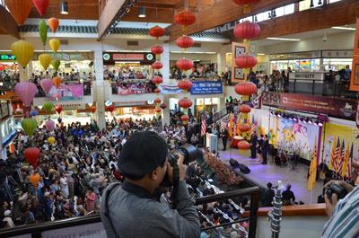 Hàng ngàn người dự lễ hội mừng Little Saigon 25 năm thành lập