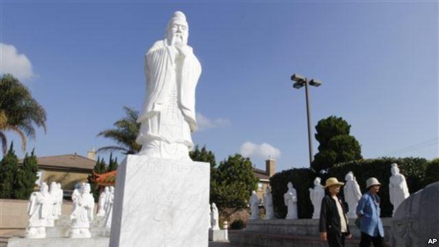 Người gốc Việt sống biệt lập ở Mỹ?