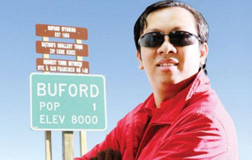 Thị trưởng Buford - Phạm Đình Nguyên Đầu tư 500.000 USD vào quán cà phê PhinDeli