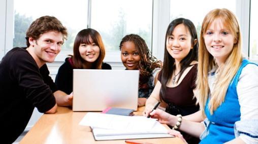 Du học sinh Việt Nam tại Mỹ làm thêm