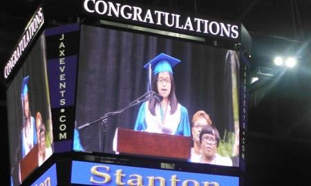 Cô gái Việt nhận học bổng toàn phần của 7 trường Đại học Mỹ danh tiếng