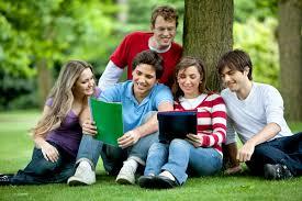 Sinh viên Việt Nam theo học tại các trường cao đẳng và đại học Hoa Kỳ