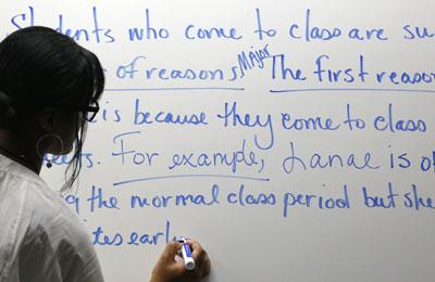 Hệ thống đại học Mỹ tìm cách cải thiện các lớp ôn tập