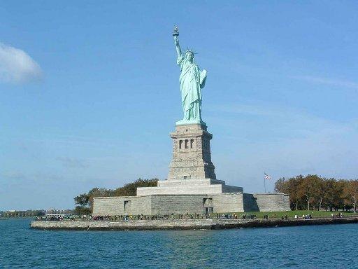 Tượng Nữ thần tự do các hoạt động cho du học sinh tại new york