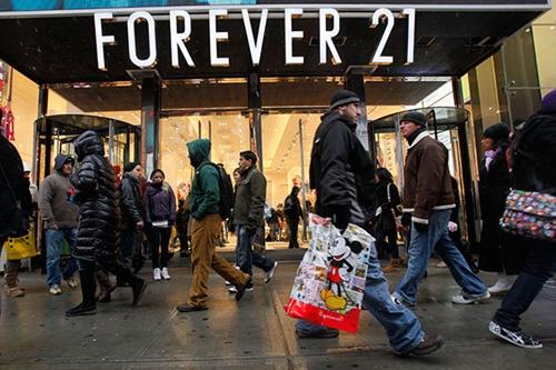 Giấc mơ Mỹ của vợ chồng tỷ phú Forever 21