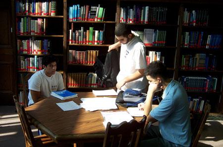 Những sai lầm khiến bạn đánh mất cơ hội nhận học bổng du học