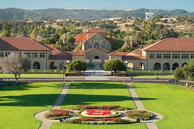 Top 5 trường đào tạo kinh tế nổi bật tại Mỹ 2015