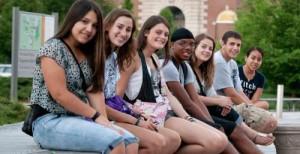 Mỹ là điểm đến hấp dẫn các học sinh, sinh viên trên toàn thế giới đến để học tập, làm việc và định cư.