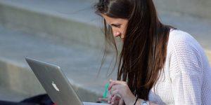 Những người viết tự do có kỹ năng viết tốt cũng như khả năng hoàn thành công việc đúng thời hạn