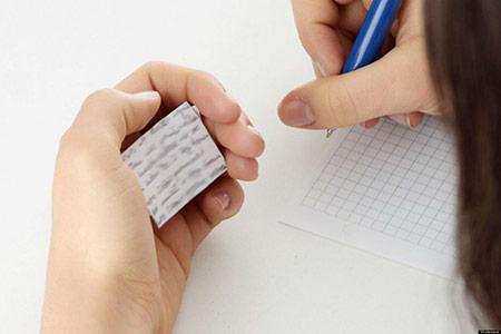 không khó để du học sinh bắt gặp những lời mời chào viết luận, làm bài tập hộ tràn lan trên những diễn đàn, nhóm hội du học sinh hoặc trên Facebook