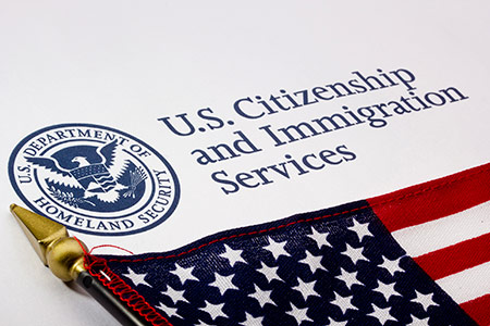 Sắc lệnh mới của Sở di trú Mỹ nhắm vào du học sinh cư trú bất hợp pháp